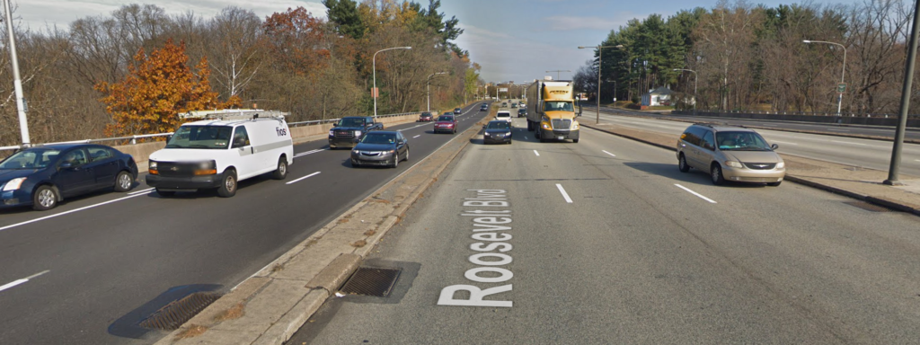 2 crashes 3 injured on Roosevelt Boulevard